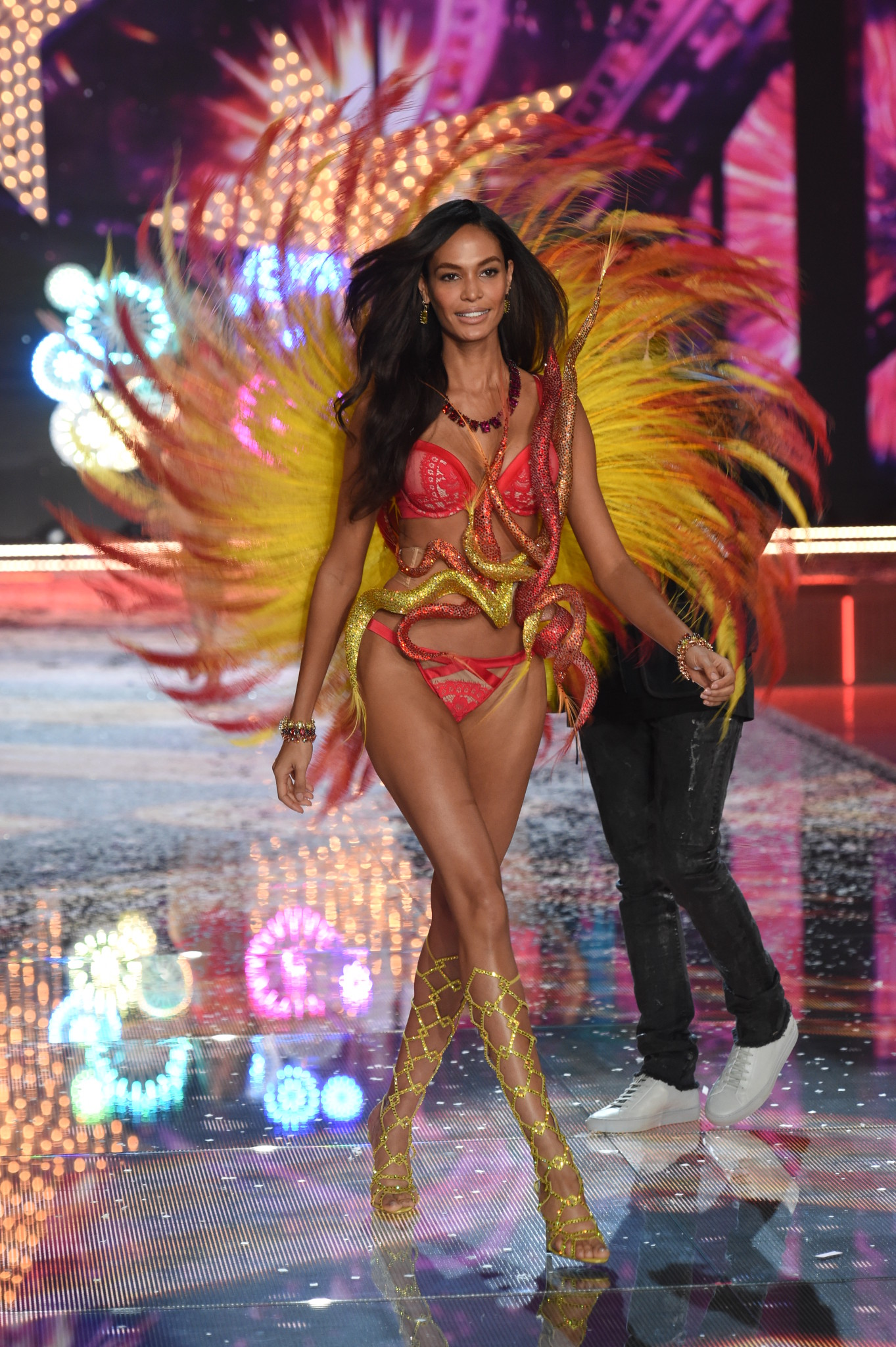 NEW YORK, NY - NOVEMBER 10: Model Joan Smalls from Puerto Rico walks the runway during the 2015 Victoria's Secret Fashion Show at Lexington Avenue Armory on November 10, 2015 in New York City. (Photo by Dimitrios Kambouris/Getty Images for Victoria's Secret)
