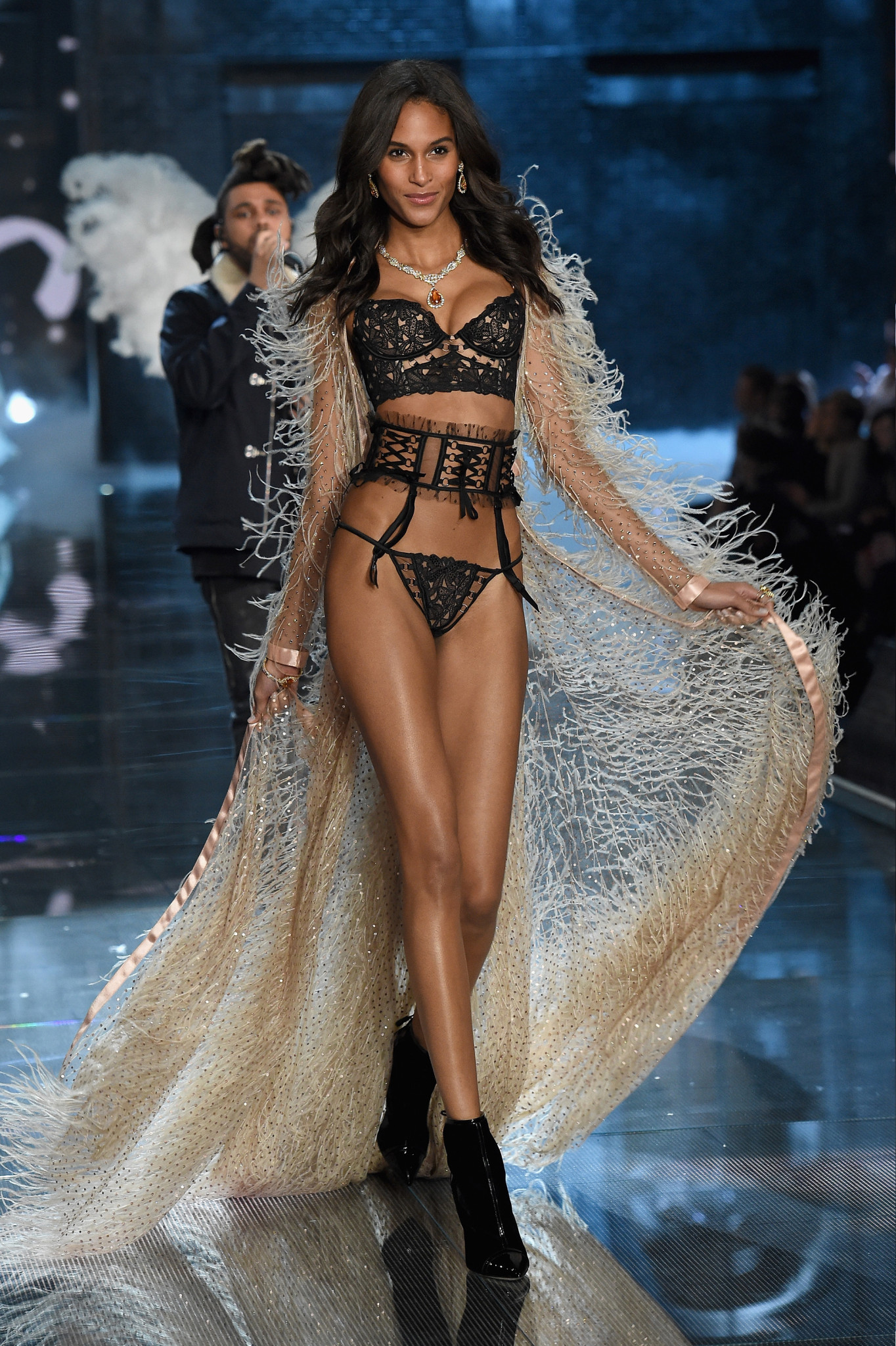75 Looks from The Victoria\'s Secret Fashion Show 2015 – LA Fashion News