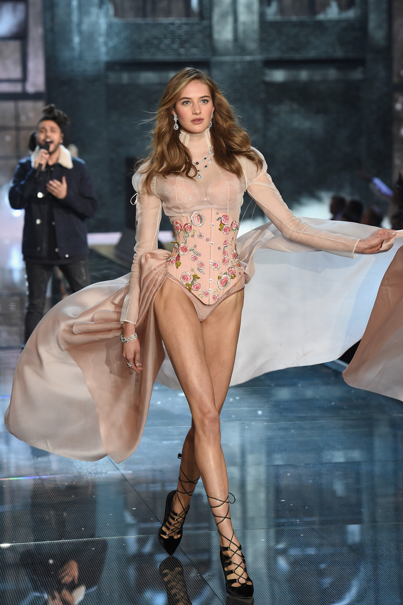 NEW YORK, NY - NOVEMBER 10: Model Sanne Vloet from the Netherlands walks the runway during the 2015 Victoria's Secret Fashion Show at Lexington Avenue Armory on November 10, 2015 in New York City.