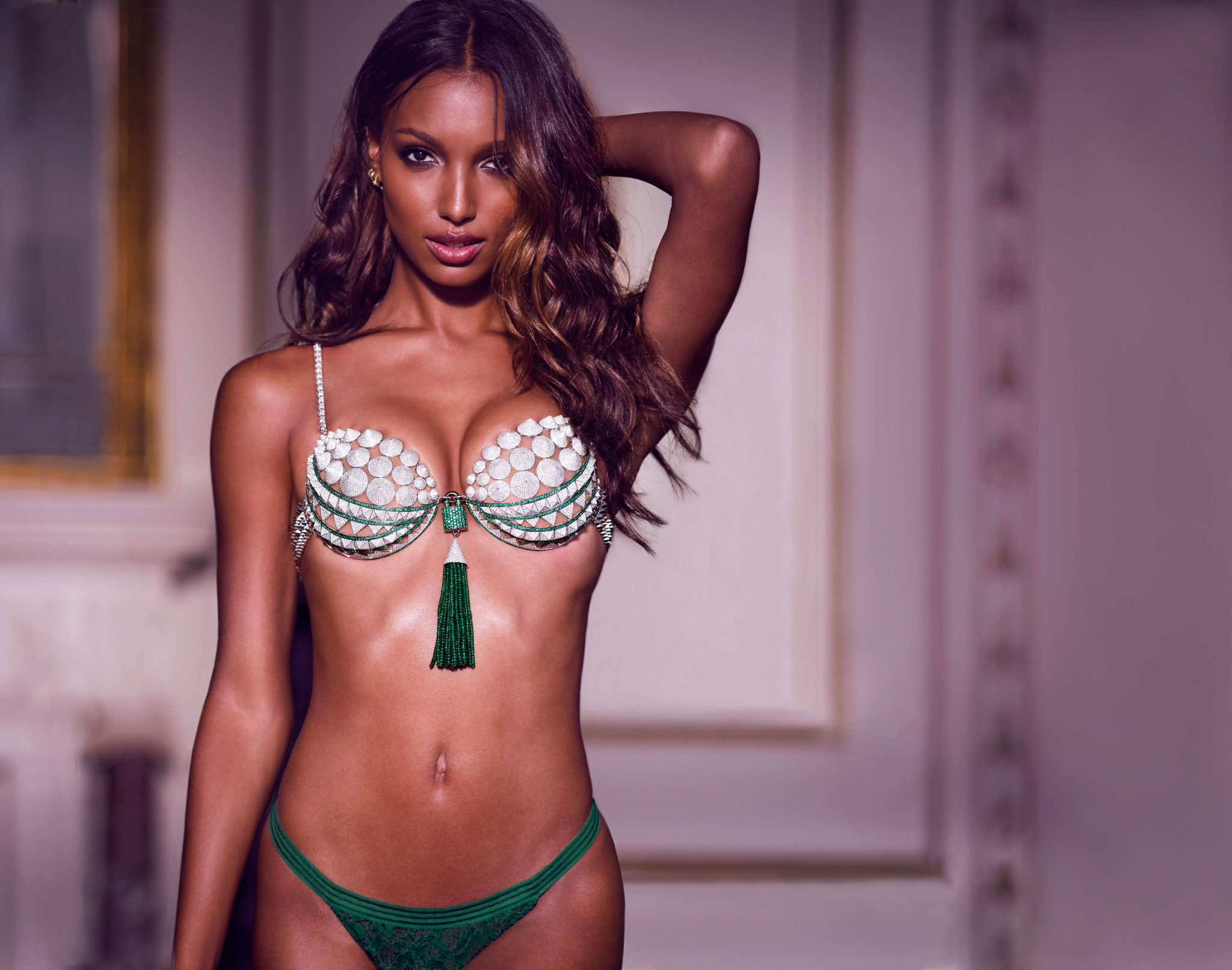Victoria's Secret model Jasmine Tookes wearing the 2016 Fantasy Br